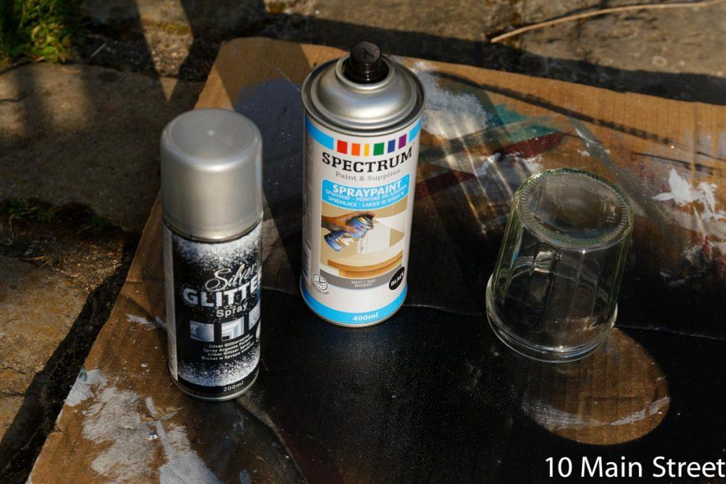 Bombes noire mat et paillettes de chez Action