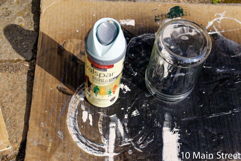 Bombe de peinture Valspar bleue pour le corps du bocal