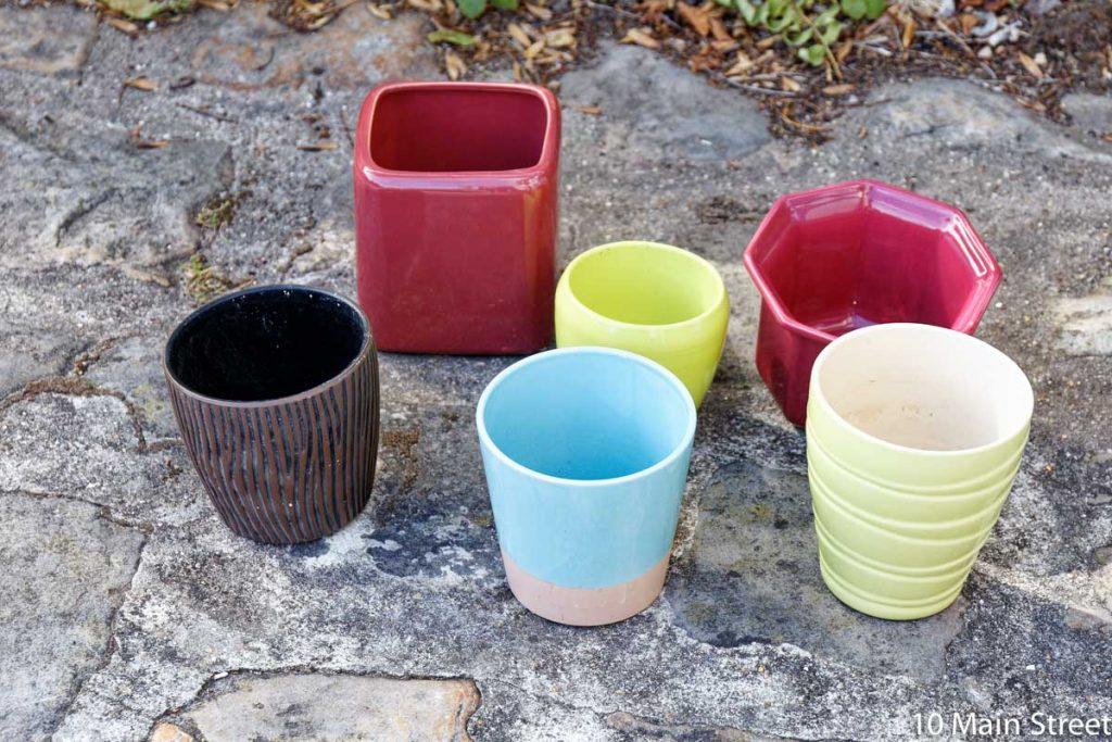 cache-pots moches en céramique