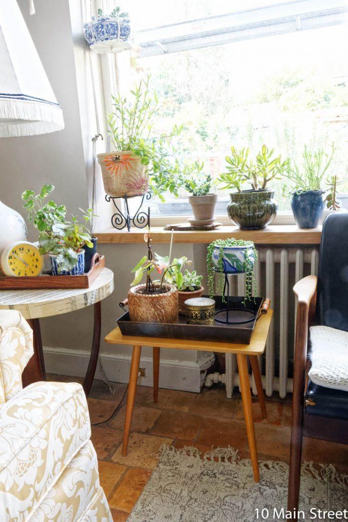 Plateau rouillé pour accueillir des plantes