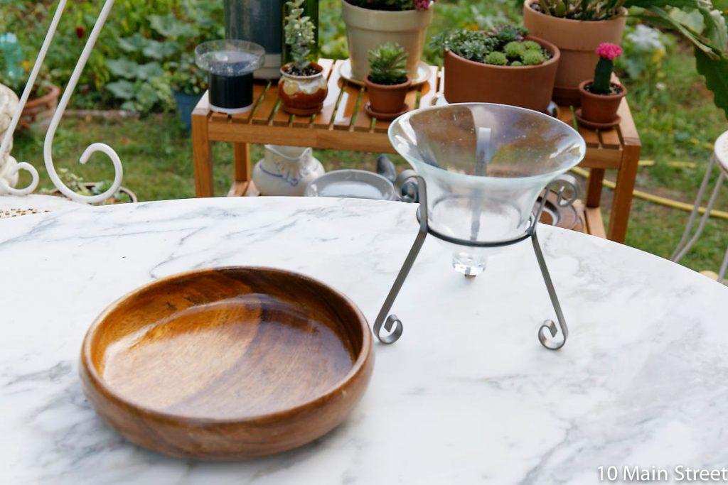 Photophore en verre et métal et bol en bois