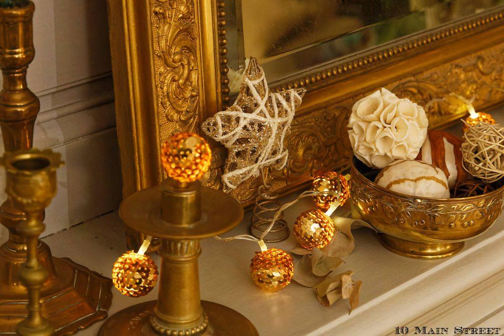 Déco de Noël toute simple sur la cheminée