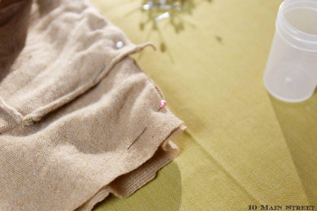 Montage du coussin avec des épingles