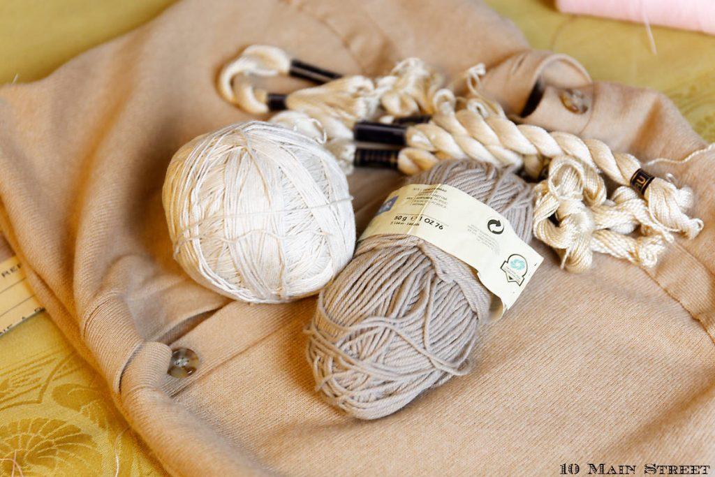 Laine et coton à broder pour réaliser des pompons