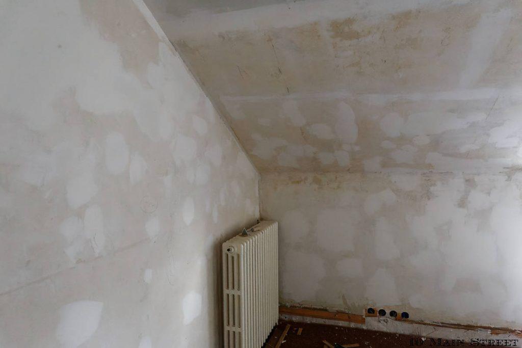 Rebouchage des murs de la 2e chambre