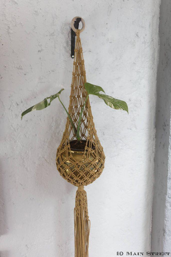 Macramé mural à plante suspendu