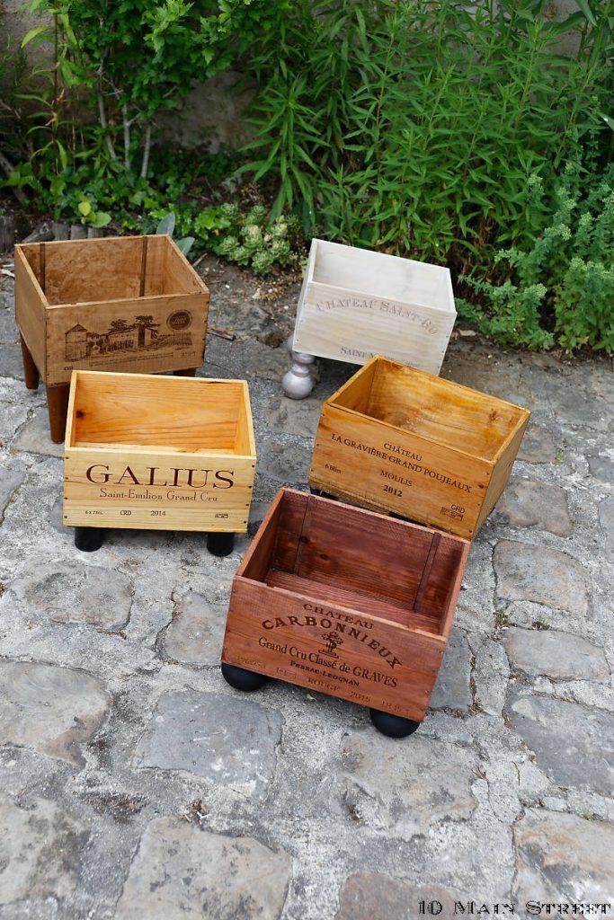 Caisses à vin recyclées et décorées