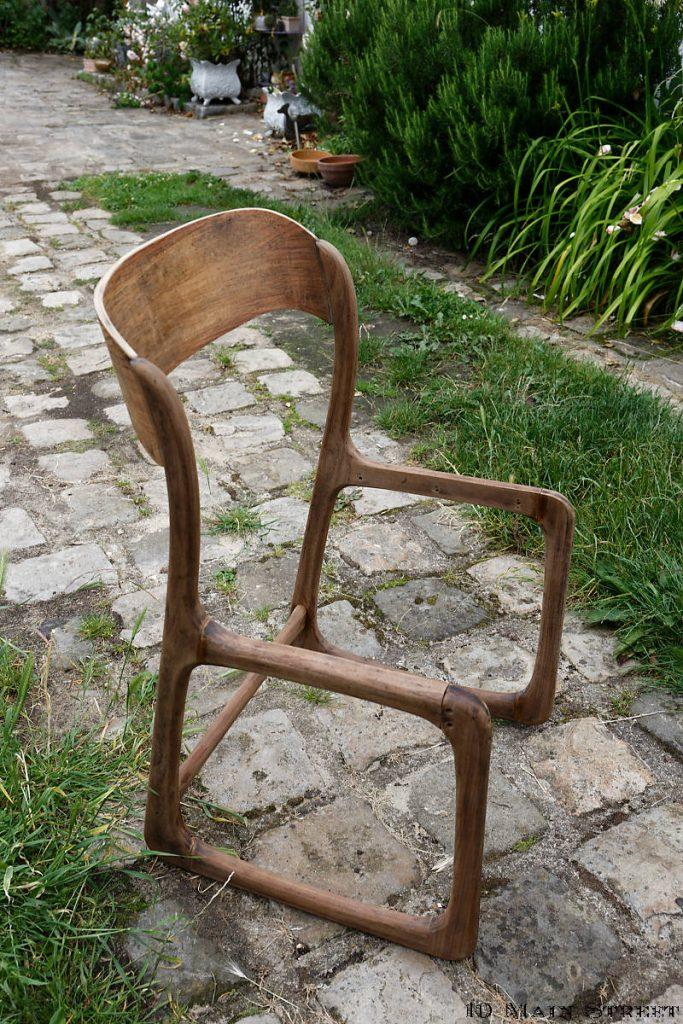 Chaise intégralement remontée