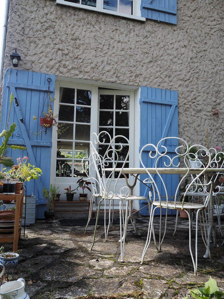Salon de jardin à repeindre
